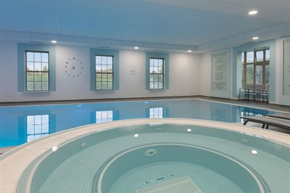 Cambridge Belfry Jacuzzi