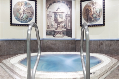 Leonardo London City Jacuzzi