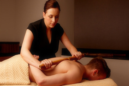Bannatyne spa male bamboo back massage