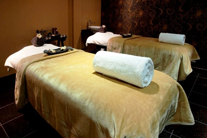 Thornton spa dual treatment room