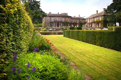 Doxford Hall exterior venue and gardens