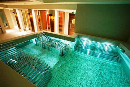K West Hotel & K Spa Hydrotherapy Pool