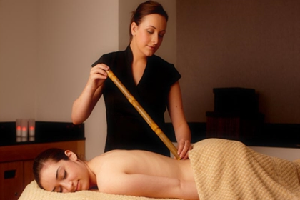 Bannatyne spa bamboo back massage 1
