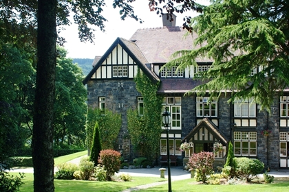 Lake Vyrnwy exterior venue