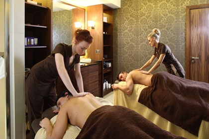 Mere spa dual treatment room back massage