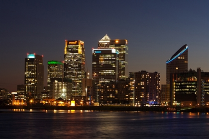 Radisson New Providence exterior canary wharf view