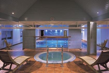 Meon Valley Hotel Pool and Jacuzzi