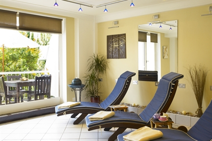 Imperial Torquay spa relaxation room