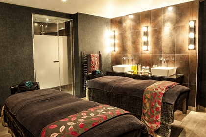 Grand Jersey Hotel double treatment room spa