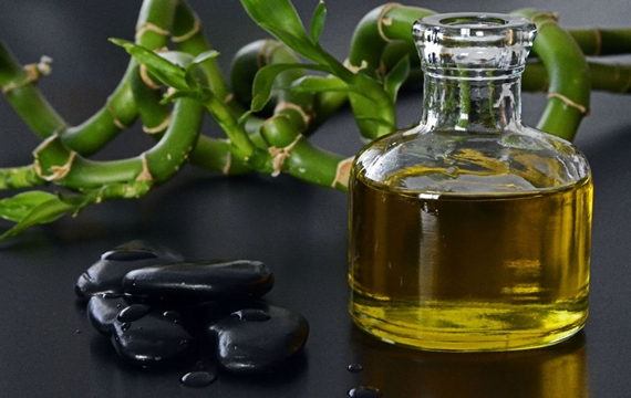 Aromatherapy massage: which oil is right for you?