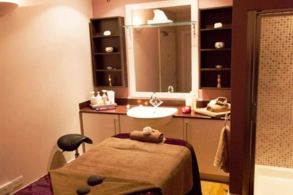 Mercure Sheffield Kenwood Hall Hotel Treatment Room