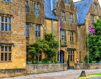 The Lygon Arms Spa Hotel , Broadway