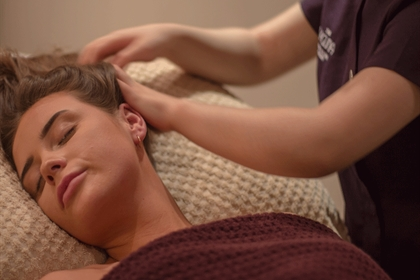 Park Plaza Hotel Scalp Massage