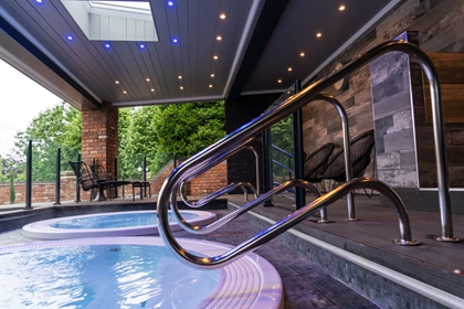 Fairlawns Hot Tub Steps