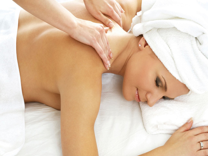 Combe Grove Generic Spa Treatment Back Massage