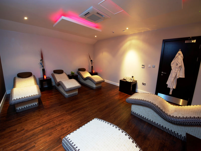 Bannatyne spa heated relaxation beds