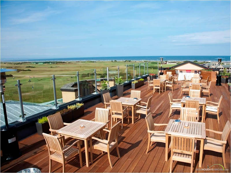 Carnoustie outdoor decked seating