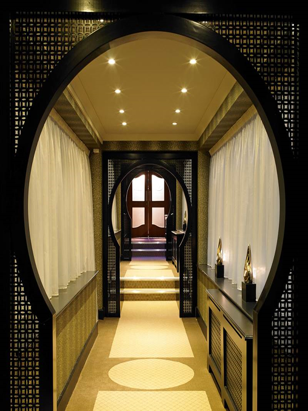 Suites Entrance to the Spa