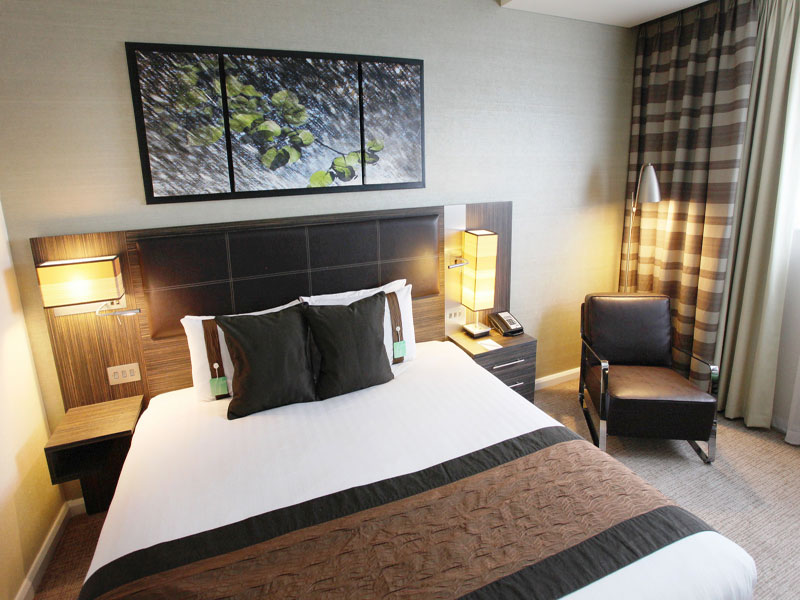 Holiday Inn Reading double bedroom