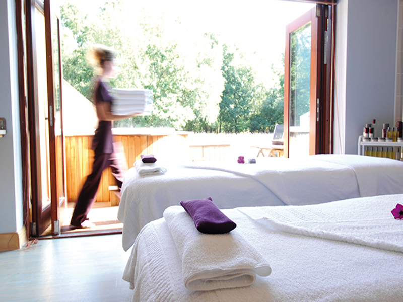 Solent spa dual treatment room