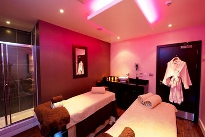 Back massage deals edinburgh