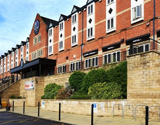 Village Urban Resort Manchester Bury, Bury